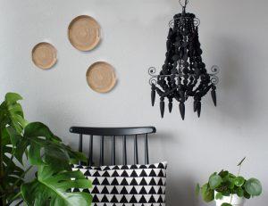 Botanische-sfeer-kralenlamp-zwart