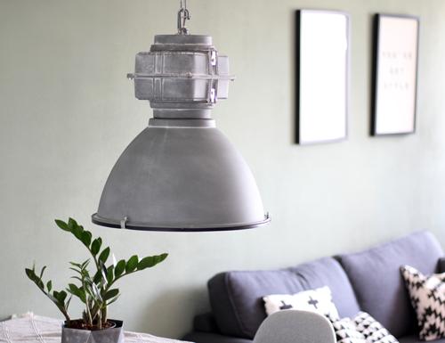 Grijze-hanglamp-stoer