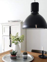 Industriële fabriekslamp Steinhauer Warbier zwart