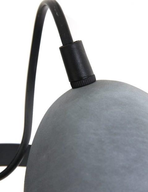 Stoere-wandlamp-grijs