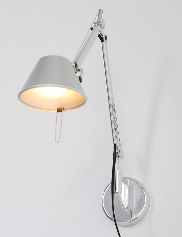 artemide tolomeo wandlamp met leesarm. Black Bedroom Furniture Sets. Home Design Ideas