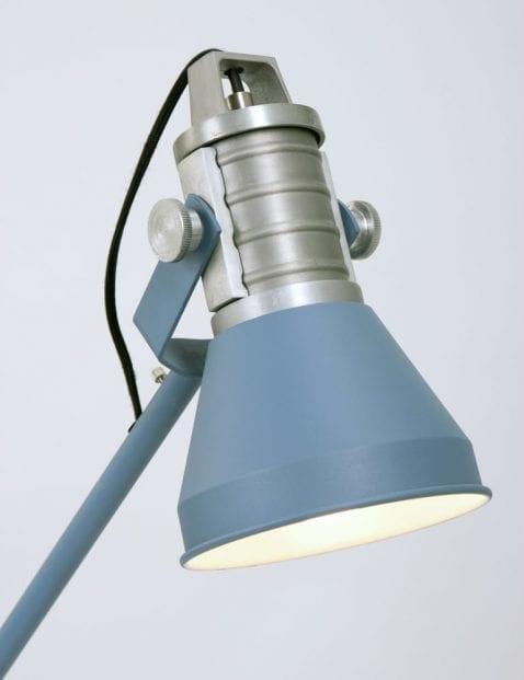 blauwe-scandinavische-tafellamp