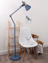 blauwe-staande-vloerlamp