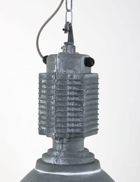 bronq-buxton-grijze-industrielamp-met-opzetblok-grof
