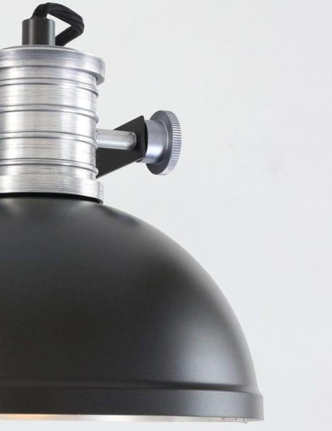 brooklyn-steinhauer-wandlamp-zwart-fabriekslamp