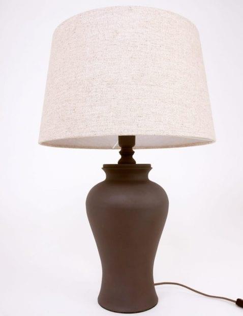 bruine-landelijke-tafellamp-beige-schemerkap-bruine-voet_1_1