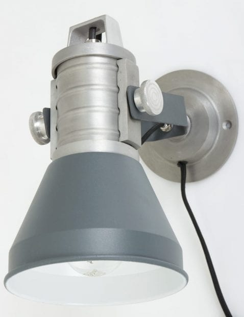 brusk-wandlamp-anne-lighting-designlamp