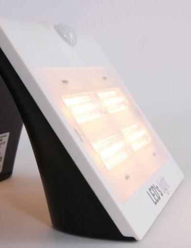 buiten_wandlamp_met_sensor