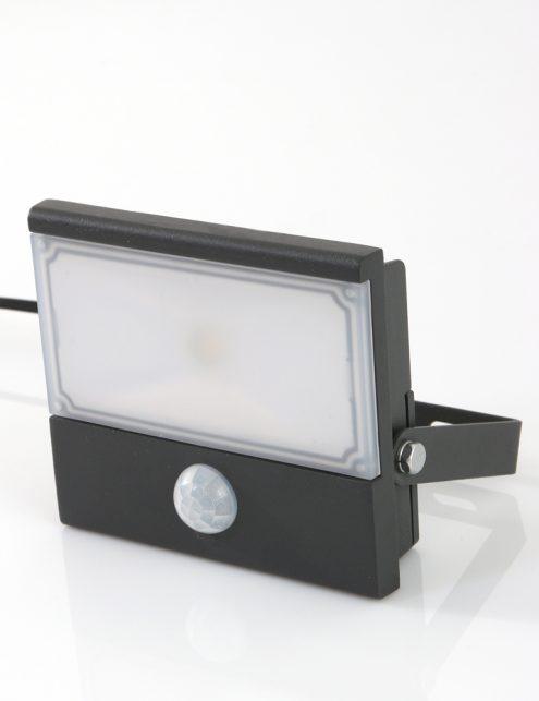 buitenlamp-met-sensor_1
