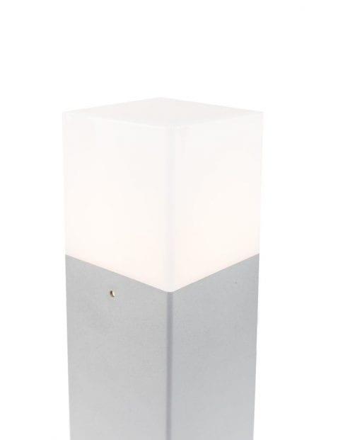 buitenlampje-grijs-modern