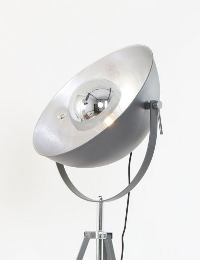 driepoot_vloerlamp