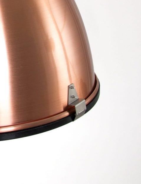 glanzende-koperen-hanglamp-stoer