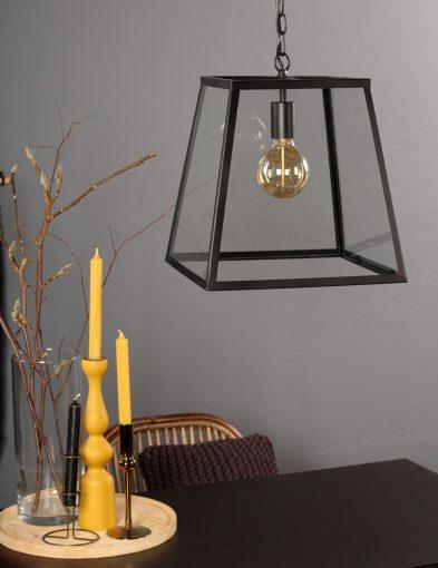 glazen-hanglamp-zwart