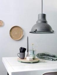 grijze-fabriekslamp-industrieel