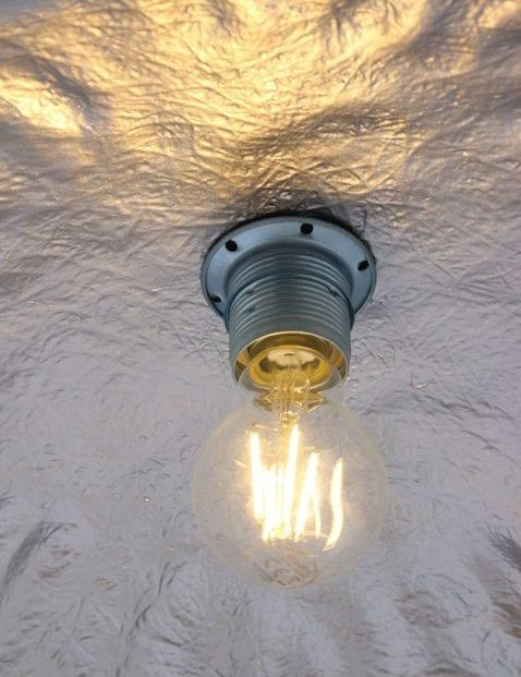 grote-hanglamp-zilverkleurig