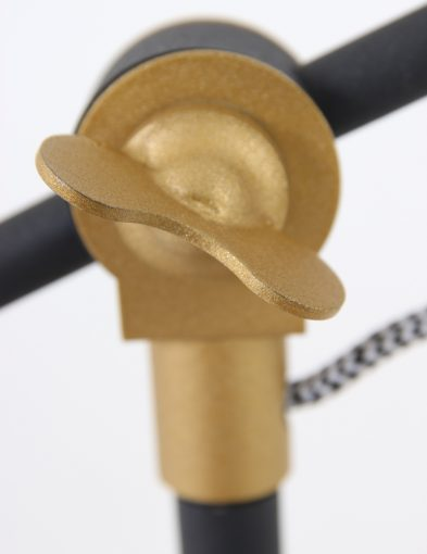 hippe-tafellamp-met-strijkijzersnoer
