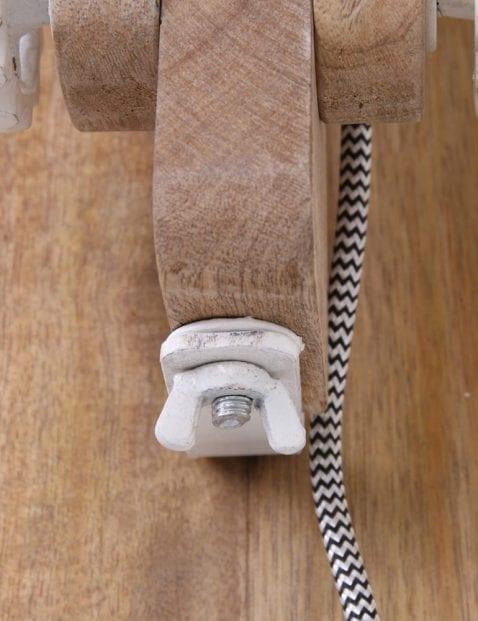 houten-grote-wandlamp-witte-kap