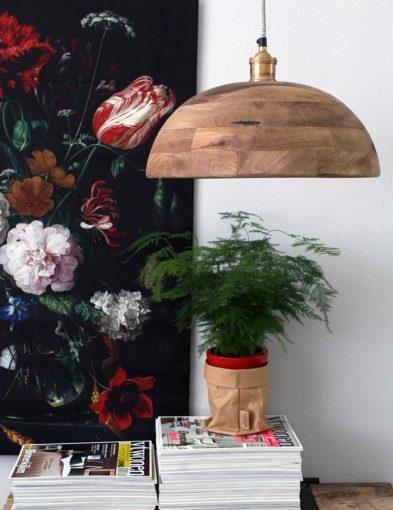 houten lamp hangend