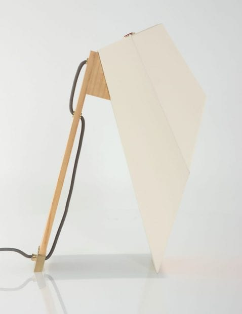 houten-scandinavische-tafellamp-wit