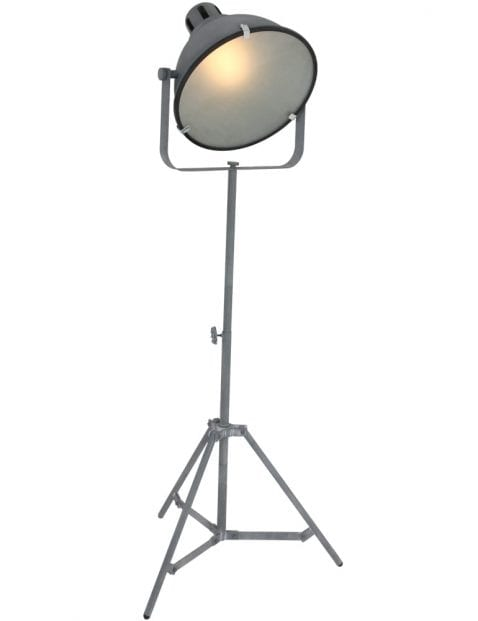 industriele-driepoot-vloerlamp_1