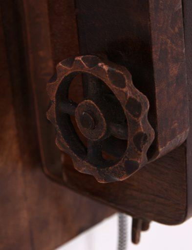 koperen-wandlamp-hout-robuust