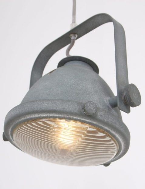 koplamp_betonlook_kantelbaar_eettafellamp_hanglamp_1