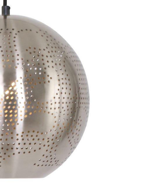 metalen-hanglamp-sfeervolle-lichtspreiding