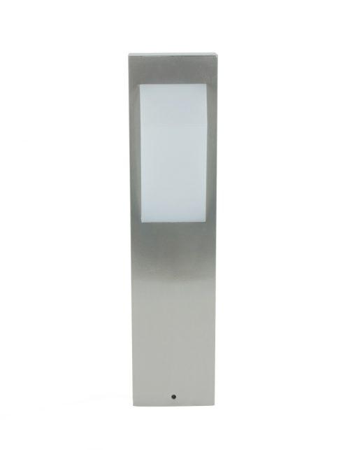 modern-tuinlampje-buiten-sfeervol