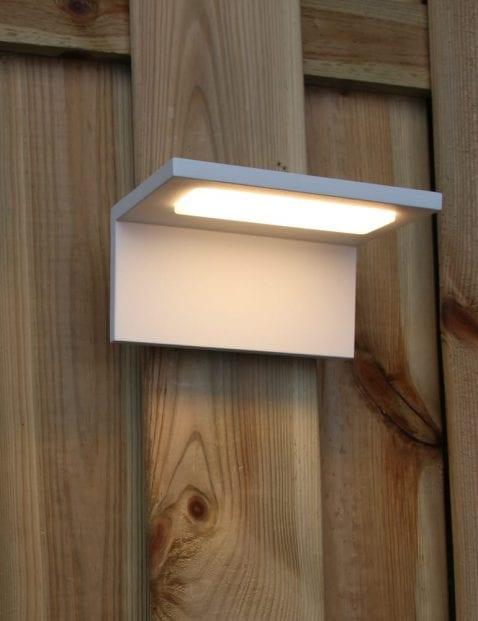 moderne-buitenlamp-wandlamp