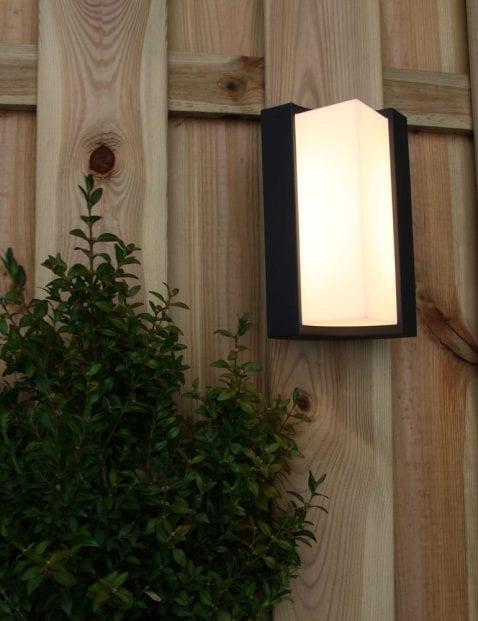 moderne-buitenlamp-zwart_7
