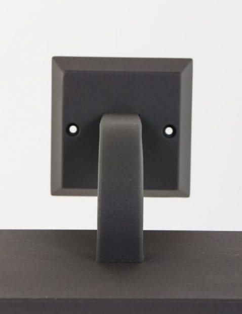 muurlamp-zwart-buiten