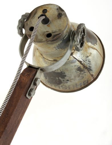 oude-tafellamp-hout-met-kantelbare-kap-industrieel