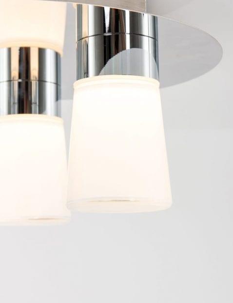 plafonniere-badkamer-rond-drielichts-modern