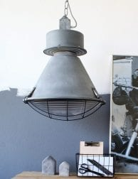robuuste-fabriekslamp-met-rooster