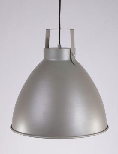 robuuste-grote-hanglamp