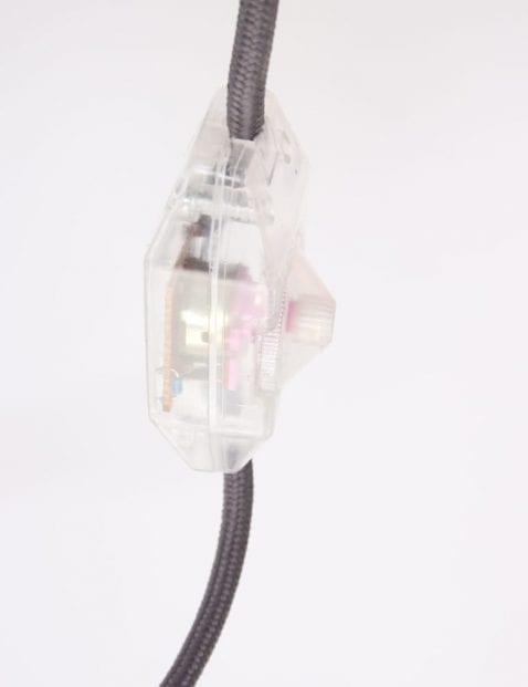 roze-tafellampje-aan-uit-schakelaar