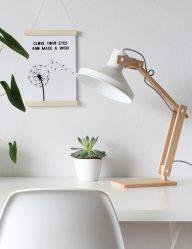 scandinavische tafellamp hout witte kap
