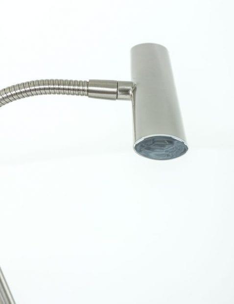 stalen-leeslamp-notarislamp-voor-op-bureau
