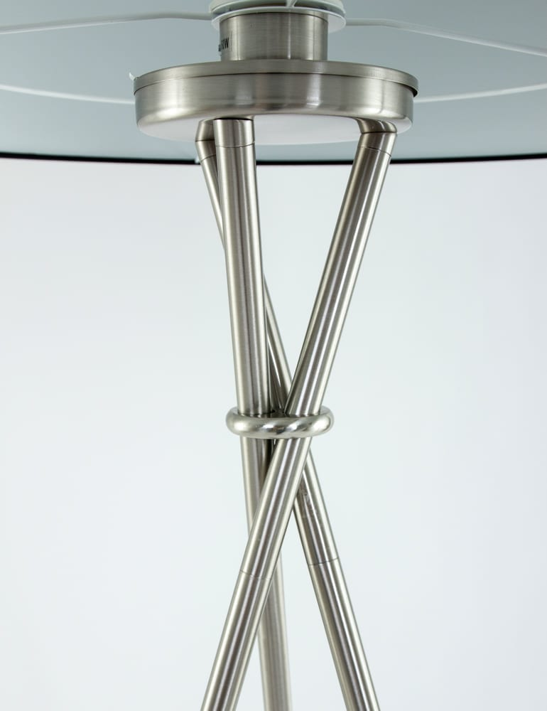 Driepoot lamp kopen gratis bezorging for Freelight lampen
