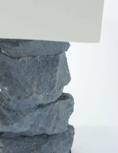 stapel-stenen-schemerlamp-la-forma