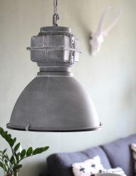 stoere fabriekslamp grijs met glasplaat
