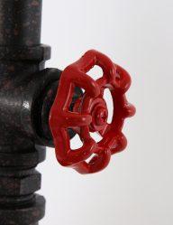 stoere-industriele-kooilamp-met-touw