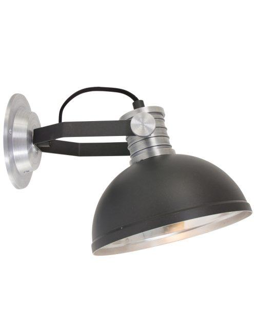 stoere-industriele-wandlamp-verstelbaar