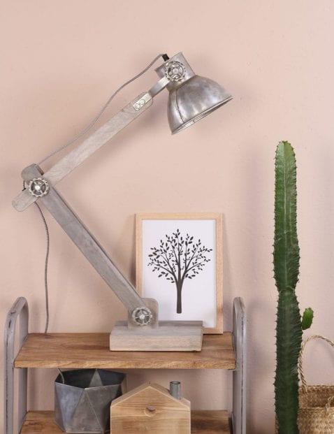 stoere-tafellamp-zilver