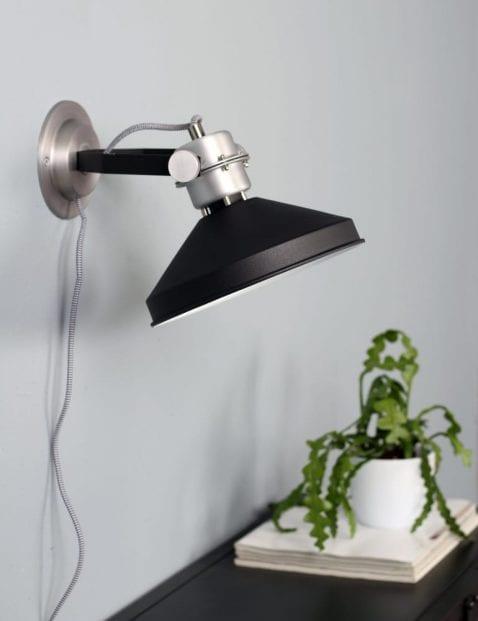 Industriële wandlamp Anne Lighting Zappa zwart