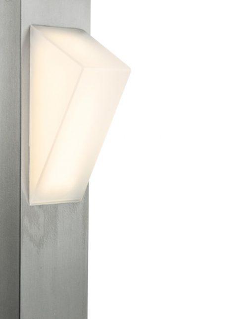 strakke-buitenlamp-met-knop
