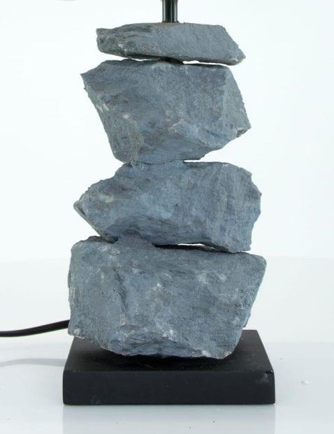 tafellamp-met-stenen-voet