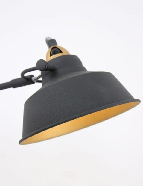 tafellamp-met-veel-details-goud-en-zwart
