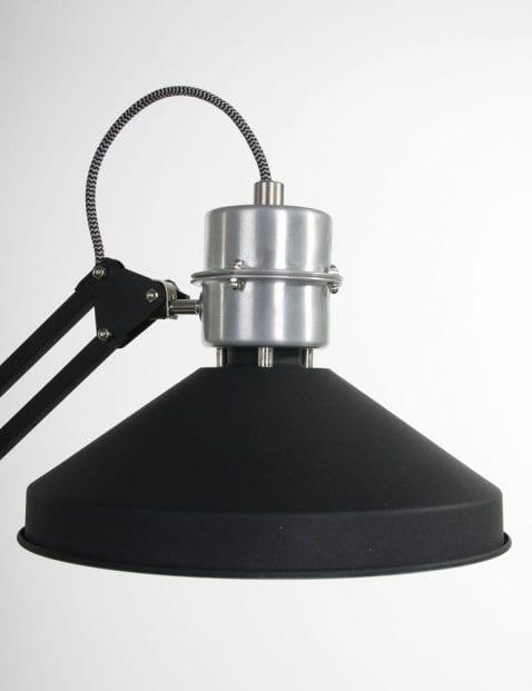 tafellamp-zwart-kap-robuust