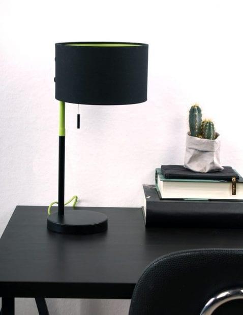 tafellamp-zwart-met-groene-binnenkant-buigbaar